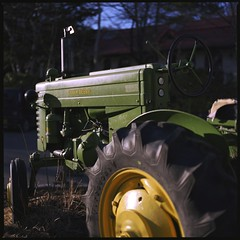 JOHN DEERE 40 Tractor  (HASSELBLAD 500C/M) (potopoto53age) Tags: tractor green 6x6 film apple monster rock japan zeiss photoshop mediumformat square restaurant cafe aperture farm hasselblad adobe squareformat carl vehicle 日本 epson fujifilm extended f28 greenmonster reala agricultural johndeere yamanashi planar kiyosato 80mm 500cm hassel 萌木の村 hasselblad500cm appleaperture nont 山梨県 sc5 agriculturalvehicle fujifilmreala 清里 farmingvehicle moeginomura 高根町 epsongtx970 gtx970 potopoto53age betterscanning takanechou adobephotoshopcs5extended dualmffilmholder betterscanningdualmffilmholder carlzeissplanar80mmf28nont 清里ロック johndeere40tractor johndeere40
