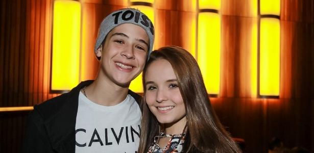 """Namoro com Larissa Manoela """"não é de adolescente"""", diz filho de Leonardo"""
