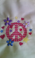Peace-paz... (leonilde_bernardes) Tags: peace paz gift hippie avental bordados