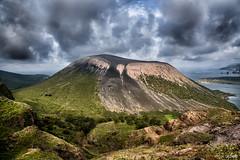 I gran Cratere (Massilo) Tags: alberi clouds nuvole mare sicily montagna sicilia paesaggio vulcano collina eolie isole allaperto