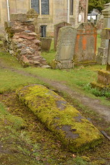Viking tomb (Lakuda-san) Tags: scotland eglise lochlomond cimetire ecosse luss tombes