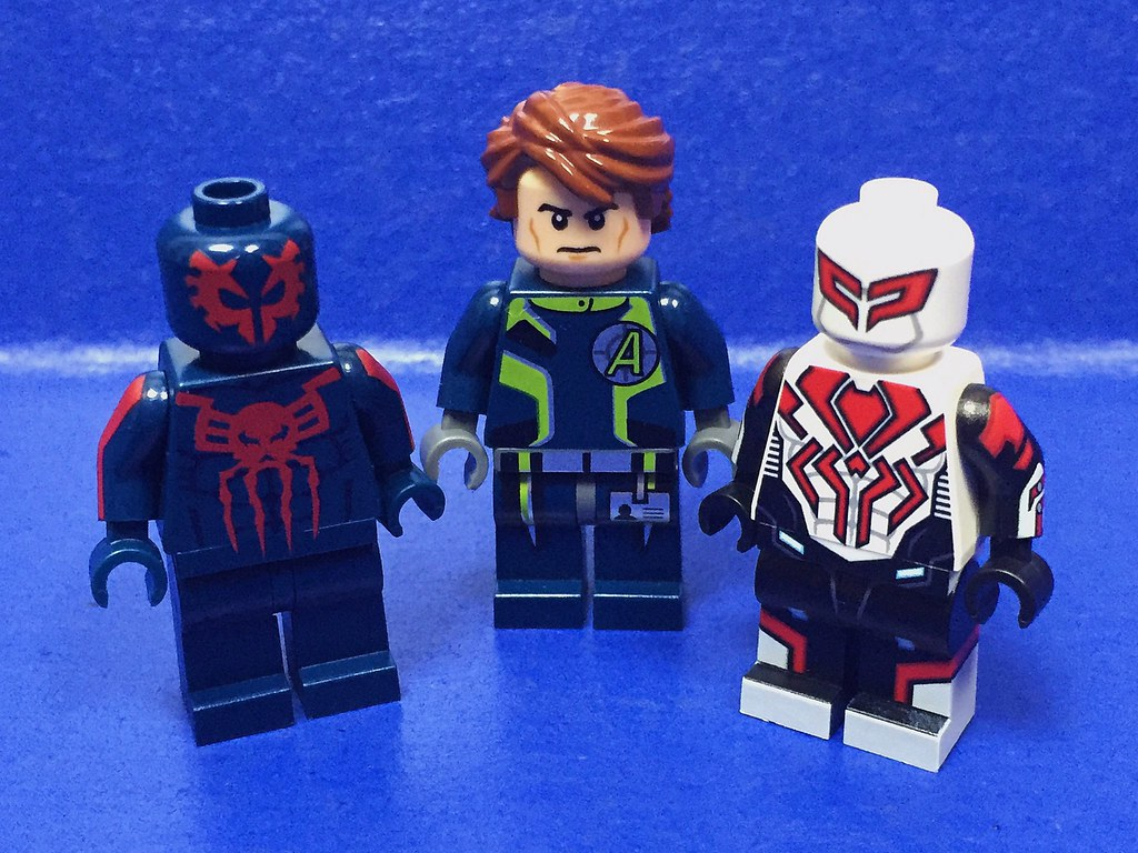lego spiderman 2099 - photo #3