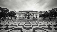 Patterns (BoXed_FisH) Tags: travel blackandwhite bw texture portugal monochrome architecture square mono europe cloudy lisboa lisbon patterns sony wideangle monotone rossio sonyalpha sonyzeiss zeiss1635 sonya7 sel1635z sony1635mmvariotessartfef4zaoss sonyzeiss1635f4oss