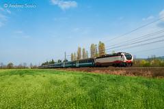 E.402B.103 TI (Andrea Sosio) Tags: train italia piemonte treno 103 notte intercity trenitalia icn ansaldo ferroviedellostato 794 e402b nikond60 e402 35794 settimotorinese andreasosio