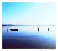 Lake Palmeiras (Luciano Barbosa Carvalho) Tags: lake brasil boat cabo palmeiras lagoa frio