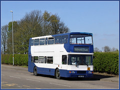 689 on 623 (Jason 87030) Tags: blue school white weather canon volvo transport northamptonshire sunny april northants stagecoach hunters olympian 2016 623 daventry p689jbd royaloakway
