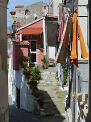 Agropoli (Salerno), un vicolo del centro storico (Valerio_D) Tags: italy italia campania 1001nights cilento agropoli 1001nightsmagiccity 2015estate