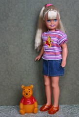 Flashlight Fun Stacie 1997 (Emily-Noiret) Tags: pink vintage fun stacie doll disney pooh flashlight 1997 winnie mattel