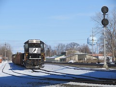 Norfolk Southern Chicago Line / MP 462 / Laporte Siding (codeeightythree) Tags: mow laporte sd402 laporteindiana maintenanceofway norfolksouthernrailroad tietrain norfolksouthernchicagoline laportesiding