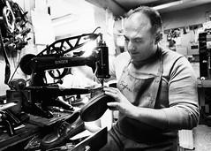 Shoemaker (flaatten) Tags: bildekritikk