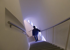 Going Down (andzwe) Tags: blue man art netherlands dutch stairs alone nederland exhibition cap turner downstairs zwolle overijssel expositie goingdown evert leuning fundatie solitaryman freddieking panasonicdmcgh4 turnerendetraditievanhetsublieme