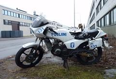 Posliini (neppanen) Tags: bike suomi finland helsinki 131 poliisi moottoripyr teollisuusalue discounterintelligence roihupelto posliini sampen helsinginkilometritehdas