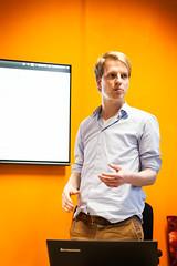 Mr. Matching (peterpeerdeman) Tags: developer roadmap partup