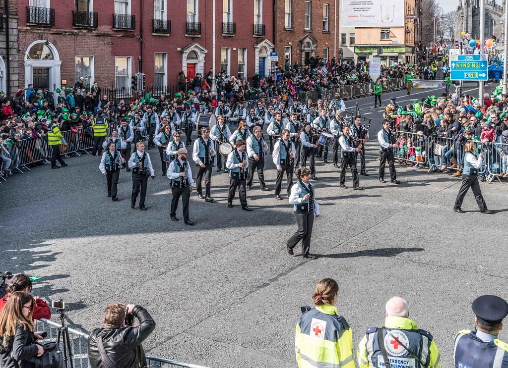 Bagad de Vannes Melinerion Brittany [St. Patrick's Parade In Dublin 2016]-112385