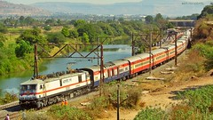 In its old Avatar! (AyushKamal2014) Tags: kamshet 30335 tkdwap7 punehazratnizamuddinacdurontoexpress