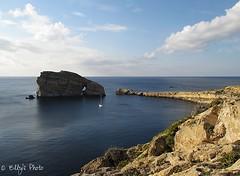 Blu intenso (Elly212) Tags: blue sea cliff seascape rock stone clouds landscape bay mar mediterraneo nuvole mare blu paisaje malta nubes roccia rocas gozo scogliera arrecife baha faraglioni scoglio escollo