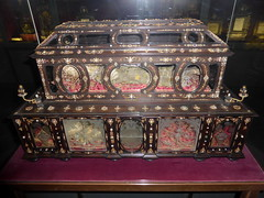 munich_2_142 (OurTravelPics.com) Tags: munich with floor chest palace upper chamber residenz reliquaries