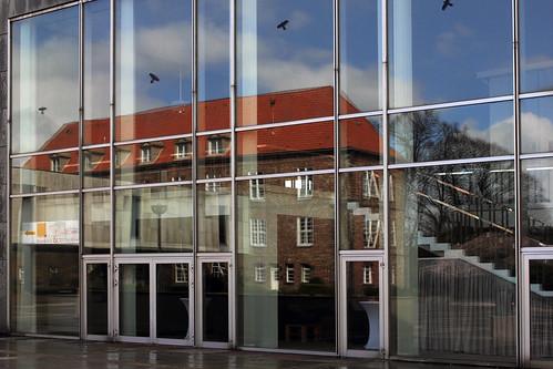 "Rantzaubau im Konzertsaal • <a style=""font-size:0.8em;"" href=""http://www.flickr.com/photos/69570948@N04/25938824244/"" target=""_blank"">View on Flickr</a>"