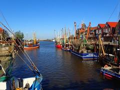 Idyllic harbour scene.. (libra1054) Tags: port germany puerto harbour porto northsea hafen nordsee merdunord neuharlingersiel maredelnord mardelnorte mardonorte