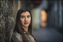 que va del hoy al maana.. (J. Aguilera) Tags: street light portrait luz person persona nikon dof bokeh retrato streetportrait desenfoque nikkor d610 105mmf2ddc