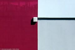 ALLES NUR FASSADE XVI (rolleckphotographie) Tags: shadow urban architecture facade colorful sony minimal architektur minimalism schatten fassade slta65v rolleckphotographie stefanrollar