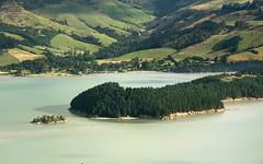 (felix.h) Tags: ocean sea newzealand canon landscape eos bay coast pacific canterbury pacificocean shore promontory governorsbay 400d canoneos400d digitalrebelxti eoskissdigitalx alongshore tokina5013528 tokina50135mm28