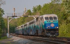 VRE Sounder train at Clifton (Michael Karlik) Tags: railroad train virginia railway transit sound commuter express passenger signal clifton sounder vre f59phi