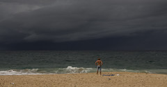 IMG_4738-beach storm cloud-Coogee-A (geoffgleave) Tags: cloud storm beach coast sydney coogee