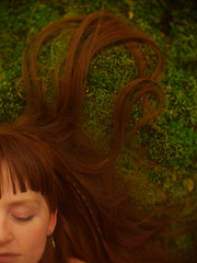 Red on Green (i-r-paulus) Tags: portrait forest woodland hair moss redhead swirls naturallightportrait