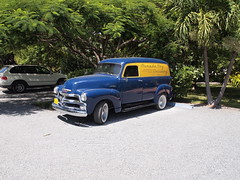 P1017386 (ndrs81) Tags: chevrolet bay delivery morada