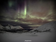 Above the clouds (joaquinain) Tags: night clouds lights long nieve voigtlander olympus nubes nocturna omd nothern larga tromso exposures em1 exposicin auroras boreales