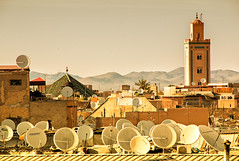 AlJazeera TV (Zu Sanchez) Tags: africa plaza mosque morocco maroc marrakech mezquita marruecos jemaaelfna minarete canoneos70d zsnchez zusanchez