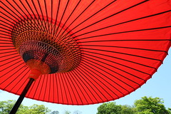 Colors of Kyoto (Teruhide Tomori) Tags: red japan kyoto parasol   tradition japon