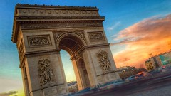 Arc de Triomphe near dusk - iPhone 6 Plus with slowshutter and snapspeed. (*Winston*) Tags: arcdetriomphe