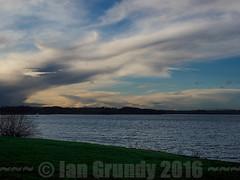 Dusk over Rutland Water 0749 (stagedoor) Tags: uk england copyright lake water town dusk olympus reservoir rutland rutlandwater em1 eastmidlands anglianwater