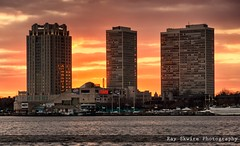 Independence Seaport Museum & Hilton Hotel at Sunset (Ray Skwire) Tags: philadelphia pennsylvania pa philly delawareriver 215 hiltonhotel independenceseaportmuseum