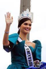 IMG_0267 (iamdencio) Tags: beauty parade homecoming pageant beautyqueen missuniverse roxasblvd beautypageant ayalaavenue bbpilipinas pinoypride missphilippines mostbeautifulday filipinabeauty missuniversephilippines bbpilipinas2015 confidentlybeautiful missuniverse2015 missuniversephilippines2015 missuniverse2015homecomingparade