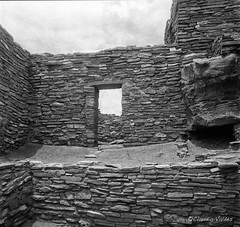 The Forgotten Portal (claudiov958) Tags: film ruins diafine selfdeveloped fp4plus wupatkinationalmonument wupatkiruins hasselblad500c distagon50mmf4 claudiovalds