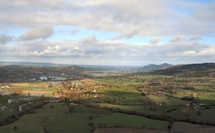 A beautiful day in East Wales (John McLinden) Tags: mountain water wales ga flooding flood severn riversevern warrior piper airfield welshpool generalaviation airuk criggion ukair pa28151 gtalg egcw