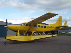 G-MDJE Cessna 208 (Aircaft @ Gloucestershire Airport By James) Tags: james airport gloucestershire cessna lloyds 208 gmdje egbj
