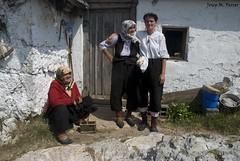 DONES DE LUKOMIR (Bsnia i Herzegovina, agost de 2012) (perfectdayjosep) Tags: balkans balcanes balcans lukomir perfectdayjosep bosnieiherzegovine bsniaiherzegovina