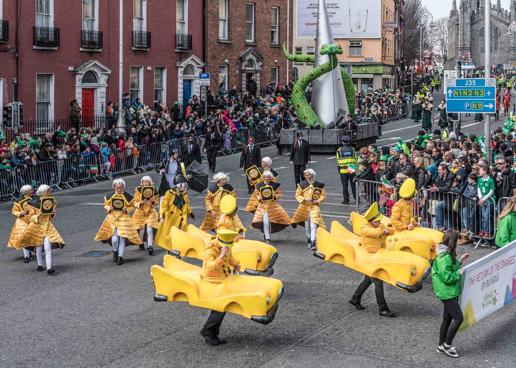 RETURN OF THE SNAKES BY BUI BOLG [SAINT PATRICK'S DAY PARADE]-112692