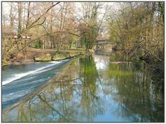 Die Rems in Waiblingen (almresi1) Tags: bridge river waterfall brcke spiegelung mirroring waiblingen rems flus