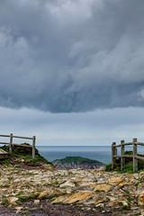 Entre las nubes y el mar (ccc.39) Tags: asturias tormenta nube horizonte cabopeas acantilados cantbrico gozn nuboso