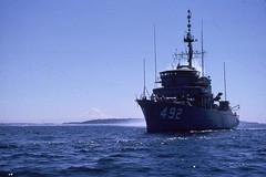 1990 07 14 - Seattle - Elliott Bay, Puget Sound, off Magnolia - USS  PLEDGE MSO 492 and Mt Rainer (BlackShoe1) Tags: ship usnavy usn minesweeper pledge usspledge mso492 usspledgemso492