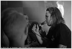 John Coffey @ Vera Mainstage (Dit is Suzanne) Tags: blackandwhite netherlands concert zwartwit availablelight gig nederland groningen vera soldout sigma30mmf14exdchsm views50   veraclub uitverkocht  img2832 beschikbaarlicht canoneos40d johncoffey   veramainstage ditissuzanne 18122015