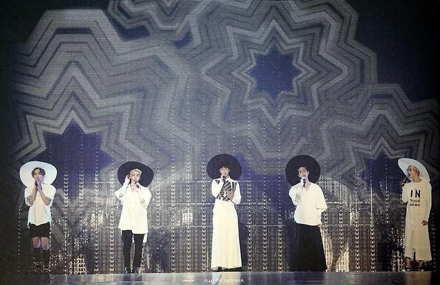 160421 SHINee @ Photobook SHINee World Concert IV 26100420323_33f46705d7_z