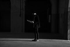 (Coral G. Granda) Tags: madrid light shadow blackandwhite art byn blancoynegro luz arte galeria sombra bn bnw galery monocromático tabacalera