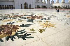 Moschea Bianca (Quartonet) Tags: none bianca abu dhabi moschea