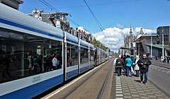 Trams op Koningsdag 12: Vier op een rij (Peter ( phonepics only) Eijkman) Tags: city holland netherlands amsterdam transport nederland tram rail rails trams strassenbahn noordholland gvb streetcars combino nederlandse